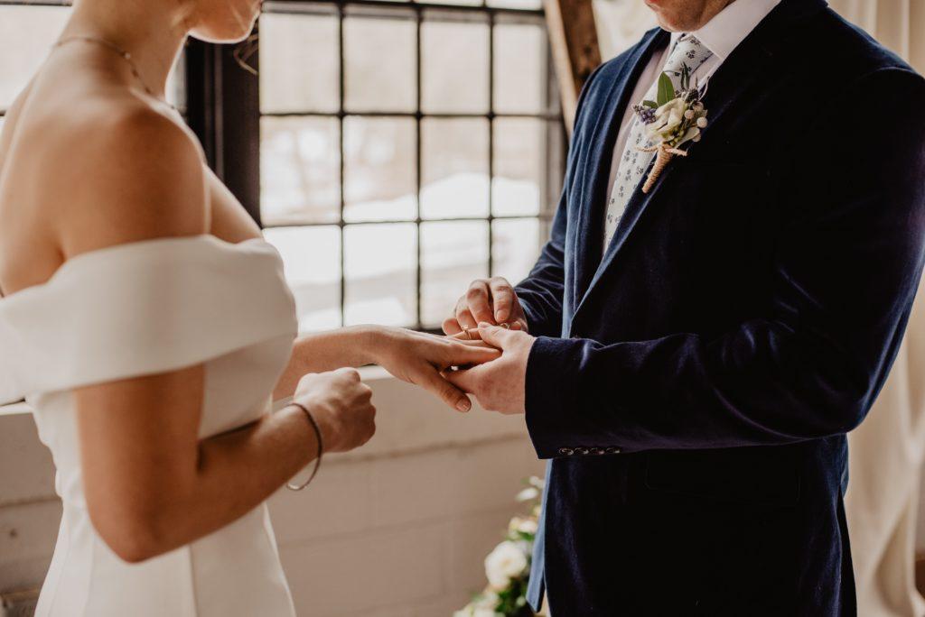 Feralne dni na Ślub? Sprawdź, kiedy nie zawierać związku małżeńskiego